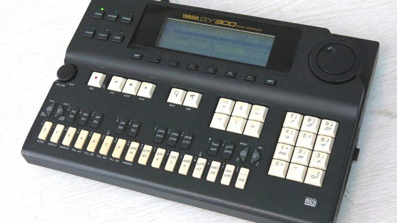 ヤマハ シーケンサー QY300